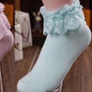 Accessories - Ruffle  lace socks